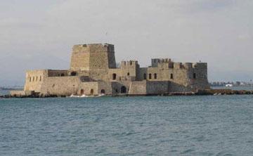 Ο πύργος στη νησίδα Μπούρτζι χρησιμοποιούνταν ως κατοικία των δημίων.