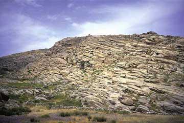 Κουκουναριές Πάρου. Γενική άποψη της ακρόπολης που κατοικήθηκε από τον 12ο έως τον 7ο αι. π.Χ.