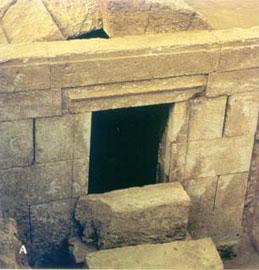 Μακεδονικός τάφος. 4ος αι. π.Χ. Πύδνα, βόρειο νεκροταφείο.