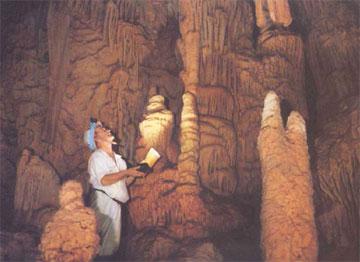 Ο θάλαμος της «Χρυσής Βροχής» στο σπήλαιο Βύθακα του Διρού.
