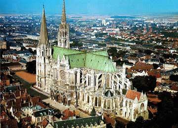 Η Μητρόπολη της Chartres στη Γαλλία. Νότια όψη.