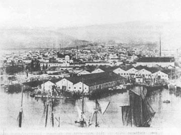 Μέρος της βιομηχανικής ζώνης του Πειραιά (Ιστορικό Αρχείο του Δήμου Πειραιά).
