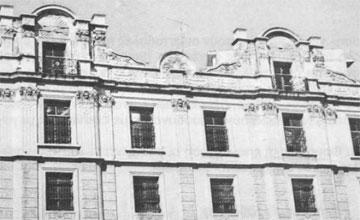 Δημοτική καπναποθήκη Καβάλας, σπάνιο είδος υψηλής εκλεκτικιστικής αρχιτεκτονικής.