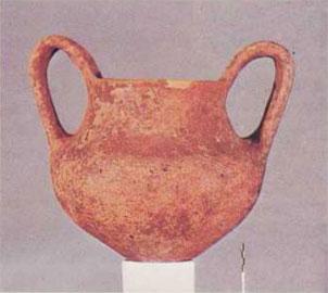 Τύμβος Α. Κυάθιο από τον τάφο 17, τέλος 11ου-αρχές 10ου αι. π.Χ.