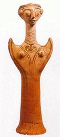 Γυναικείο ειδώλιο τύπου Ψ (12ος αι. π.Χ.), από το μικρό ιερό στην κάτω Ακρόπολη της Τίρυνθας.
