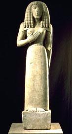 Η κυρία της Auxerre, γύρω στα 650-600 π.Χ., ύψος 0,65 μ. (Μουσείο του Λούβρου).
