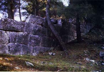 Τμήμα του δυτικού σκέλους του τείχους.