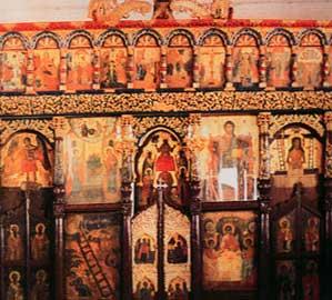 Το ξυλόγλυπτο τέμπλο του Αγίου Μηνά στη Δρυοπίδα Κύθνου.