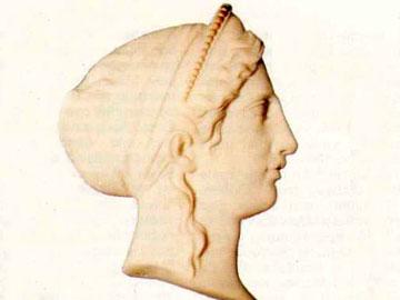 Λ. Δρόσης, Κεφάλι Ήρας