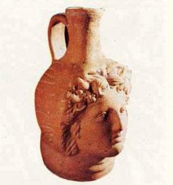 Ο θεός Διόνυσος. Οινοχόη του 1ου αι. π.Χ., Ελληνική Μεσημβρία.