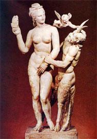 Η Αφροδίτη αποκρούει τις ερωτικές ορμές του Πάνα. Δήλος, γύρω στο 100 π.Χ., Εθνικό Αρχαιολογικό Μουσείο.