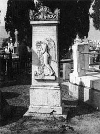 Τάφος Ελένης Σκουτερίδη στο νεκροταφείο της Χαλκίδας. Χαρακτηριστικό έργο του Ιάκωβου Μαλακατέ.
