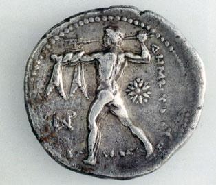 Ο Ποσειδώνας εξακοντίζει την τρίαινα. Πίσω όψη αργυρού τετράδραχμου, 301-295 π.Χ. Αθήνα, Νομισματικό Μουσείο.