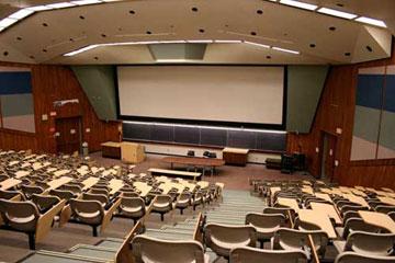 Η διδασκαλία της Αρχαιολογίας θα ήταν αποτελεσματικότερη αν στηριζόταν στην αρχή της κατανομής των μαθημάτων κατά θεματολογία.