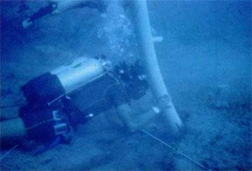 Υποβρύχια ανασκαφή. Δοκιμαστική τομή στο χώρο του ναυαγίου «Μέντωρ» με χρήση αναρροφητήρα.
