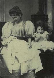 Η συγγραφέας Πηνελόπη Δέλτα (Αλεξάνδρεια, 1874 - Αθήνα, 1941).