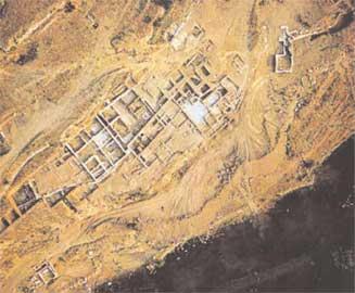 Καλλίπολις (Κάλλιον): Συνολική άποψη των οικοδομικών λειψάνων του αρχαίου Καλλίου, που αποκάλυψαν οι ανασκαφές του Π. Θέμελη.