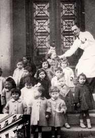 Παιδιά που γεννήθηκαν πρόωρα στο Μαιευτήριο Έλενα Βενιζέλου (1947-1951) και επιβίωσαν.