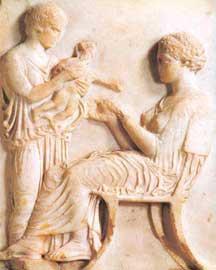 Ταφικό ανάγλυφο με μητέρα και παιδί, 420-410 π.Χ., αττικό μάρμαρο.