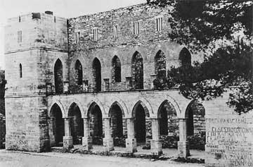 Το Καστέλο της Ροδοδάφνης γύρω στα 1950.