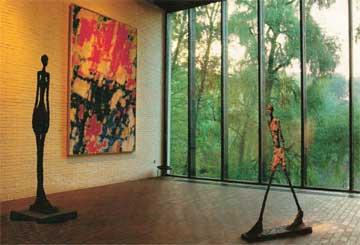 Μουσείο Louisiana. Ποιητική αντιπαράθεση των έργων του Giacometti και του S. Francis.