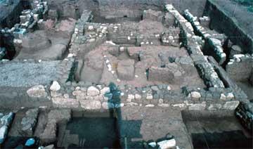 Καλλίθηρο Καρδίτσας: ερείπια που πιθανόν να ανήκουν σε δημόσιο λουτρό (οικόπεδο Αθανασίου Φυτσιλή, Ο.Τ. 65).