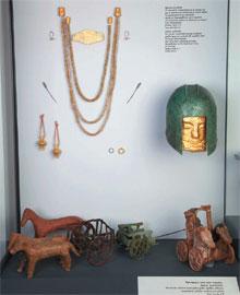 Προθήκη από την ενότητα «Ο Χρυσός των Μακεδόνων» στο Αρχαιολογικό Μουσείο Θεσσαλονίκης.