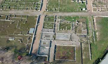 Πέλλα, άποψη του οικοδομικού τετραγώνου 1 με την Οικία του Διονύσου.