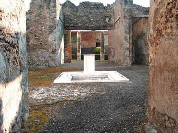 Πομπηία, άποψη του εσωτερικού της Οικίας του Ορφέα (φωτ.: G. Sicoe).