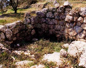 Ελλειψοειδές κτίσμα στη Σποριά της Λευκάδας.