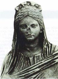 Η Πλάσια Μάγκνα από την Πέργη της Μ. Ασίας με ενδυμασία ιέρειας (2ος αι. μ.Χ.).