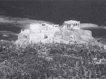 Γενική άποψη της Ακρόπολης από τα δυτικά.