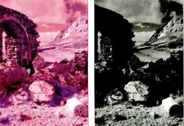 Τήνος. Αριστερά: φωτογραφία με φίλτρο 89Β. Δεξιά: η ίδια φωτογραφία ύστερα από αφαίρεση του κόκκινου χρώματος.