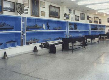 Η αίθουσα Ζ του Ναυτικού Μουσείου της Ελλάδος.