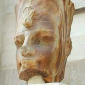 Statue of Amenhotep III found