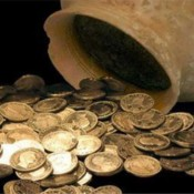 44 arrested for antiquities trafficking