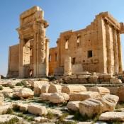 Palmyra: Syria's ancient desert city besieged