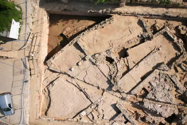 Tiverios recently persuaded the culture ministry to rebury a previously-unknown Early Christian basilica, found two years ago during work on Thessaloniki's new underground railway.