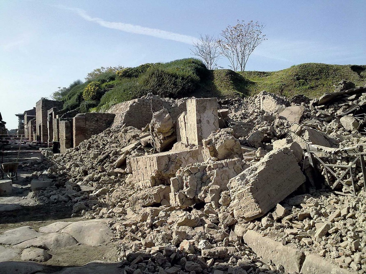 Debris is seen after a house, once used by gladiators to train before combat, collapsed in Pompeii November 6, 2010.