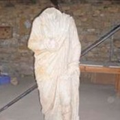 Headless statues unearthed in Aphrodisias excavations