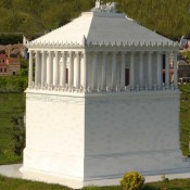 Bodrum seeks return of mausoleum pieces