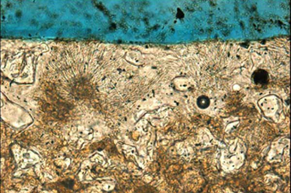Prof. Chandra Reedy's digital image analysis reveals crystals in the glaze of an ancient Chinese ceramic piece. University of Delaware.