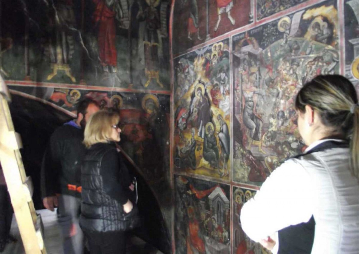 Restoration of the frescos at the church of Aghios Dimitrios have been completed.