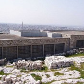 Greek archaeologists concerned about the old Acropolis Museum