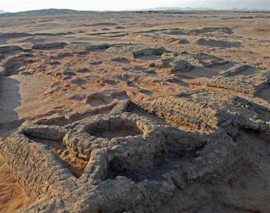 Among the discoveries are pyramids with a circle built inside them, cross-braces connecting the circle to the corners of the pyramid. (Credit: Vincent Francigny/SEDAU)