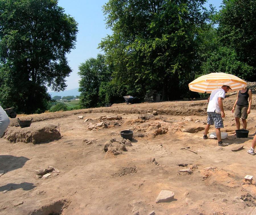 Digging Dikili Tash.