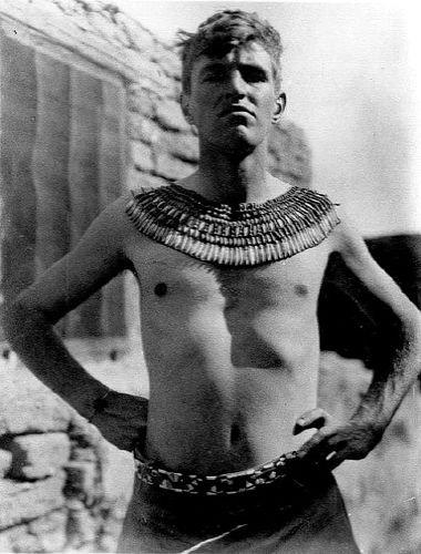 Pendlebury in Tell el-Amarna (1934).