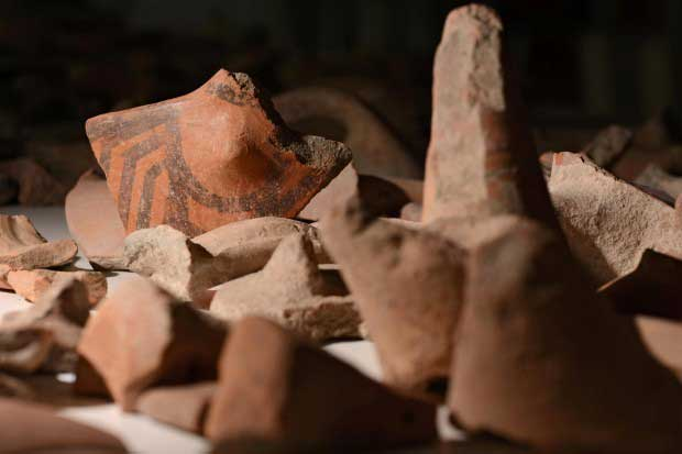 Pottery fragments, illegally excavated during the World War II in Thessaly, will now be returned from the German museum to Greece. (photo: picture alliance / dpa)