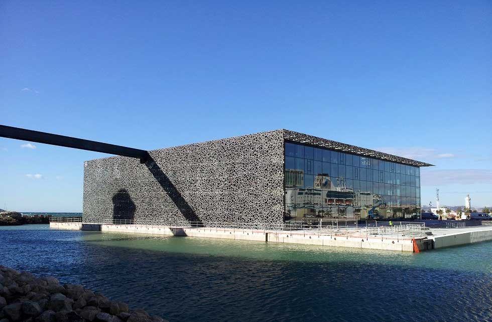The new building designed by architect Rudy Ricciotti on the J4 esplanade.