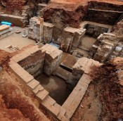 Salvage excavation at Tang Dynasty tomb